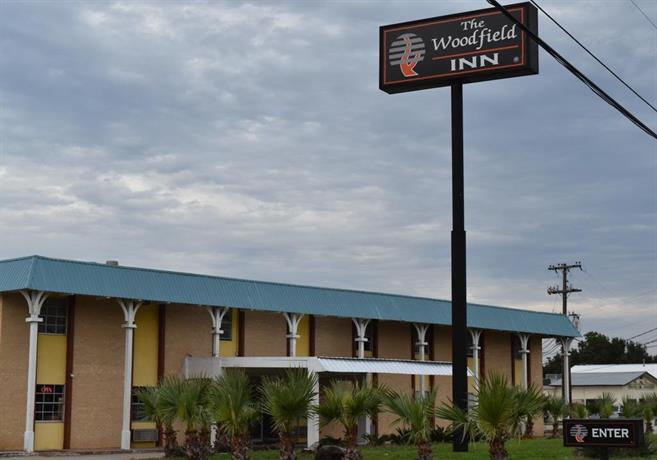 Wood Field Inn