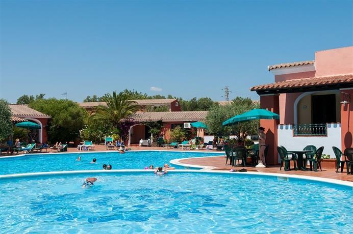 Villaggio turistico alba dorata orosei cala liberotto for Villaggio turistico sardegna