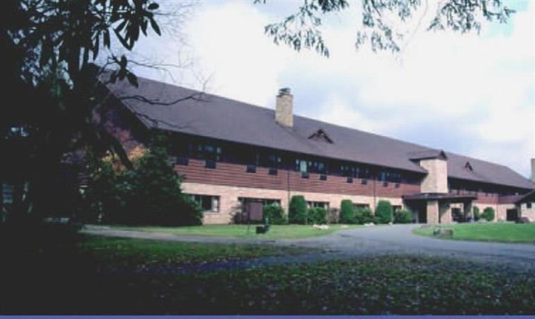 About Blackwater Falls State Park Lodge