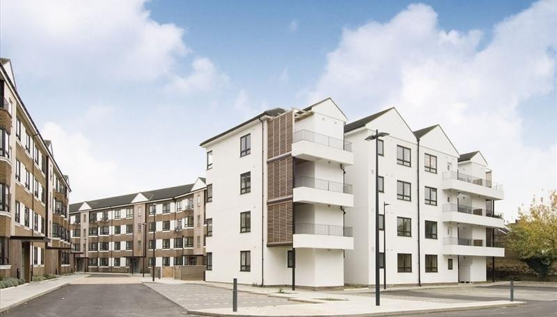 Kew Bridge Court Flat
