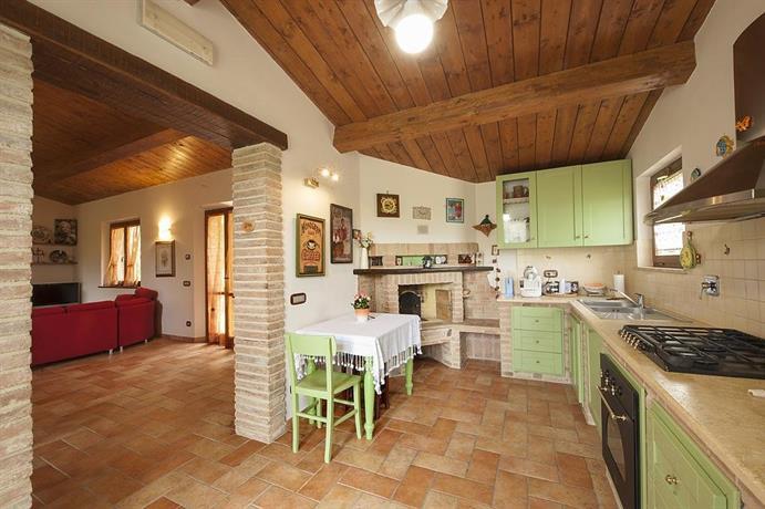 Appartamento il piccolo casale torgiano confronta le offerte for Il piccolo hotel progetta le planimetrie
