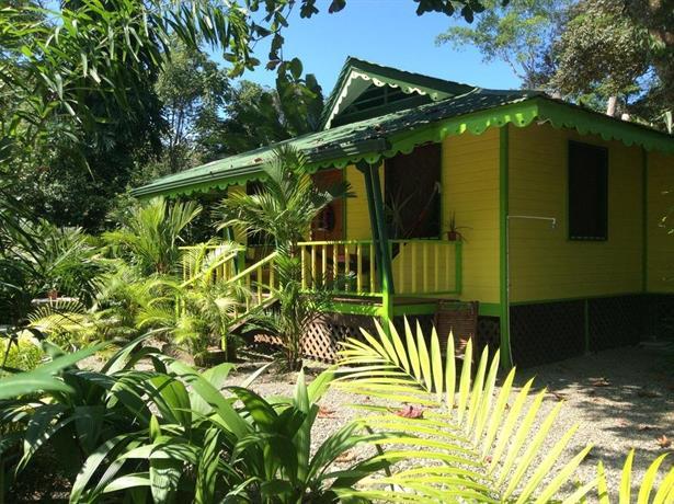El jardin de playa negra puerto viejo de talamanca for El jardin de luz ibiza
