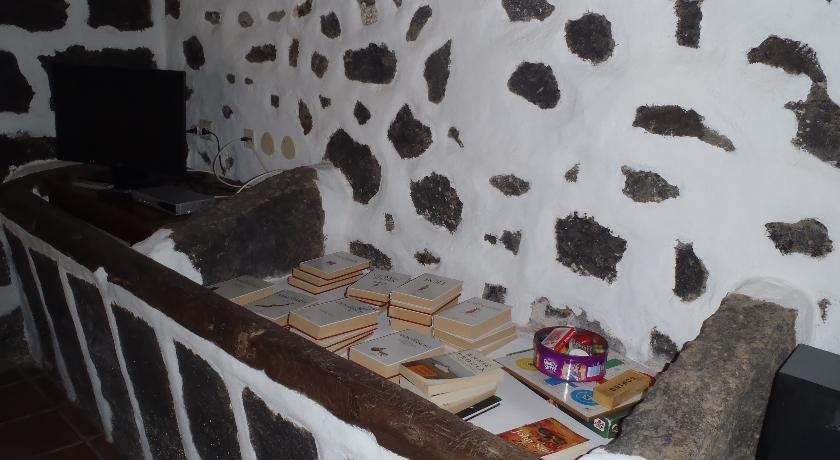 Casa rural el alpende san bartolome de lanzarote for Casa rural el jardin de san bartolome