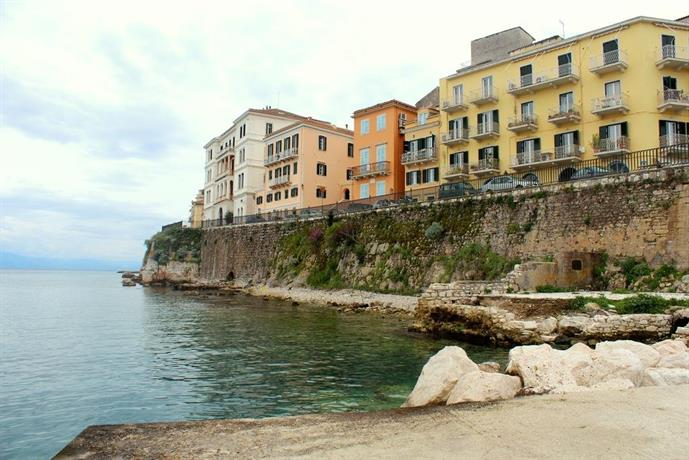 Sea & Fortress View Corfu Town Apartment