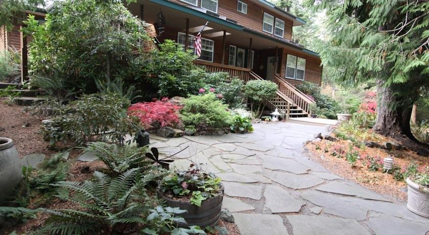 Otter's Pond Bed and Breakfast
