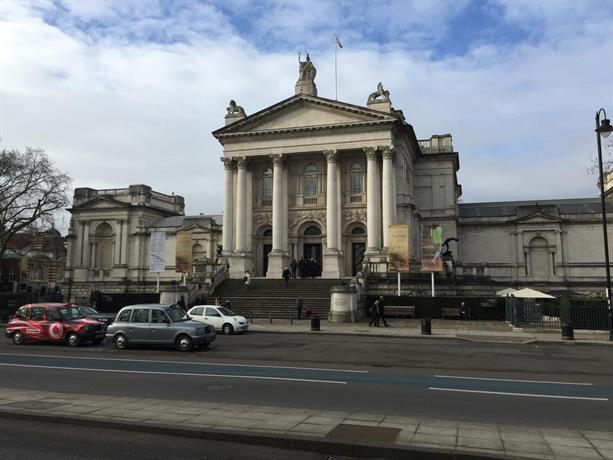 Location – Cheap Hotels near Buckingham Palace & Victoria