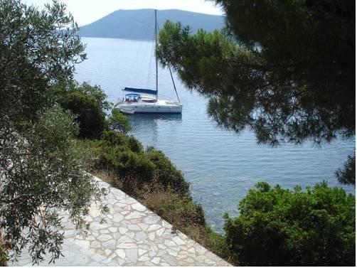 Marianna Studios Agios Petros