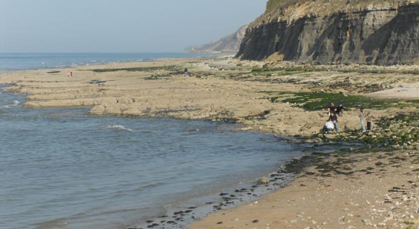 Gites de mer port en bessin huppain confronta le offerte - Gite port en bessin ...