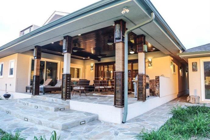 North Shore Country Villa