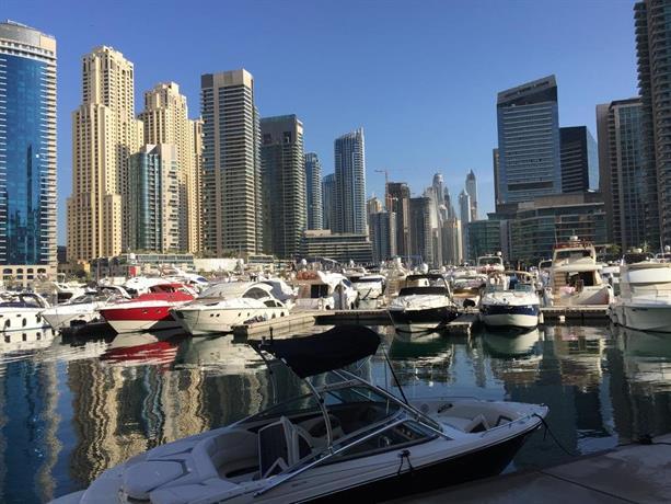 Waterfront One Bedroom Apartment Dubai Marina