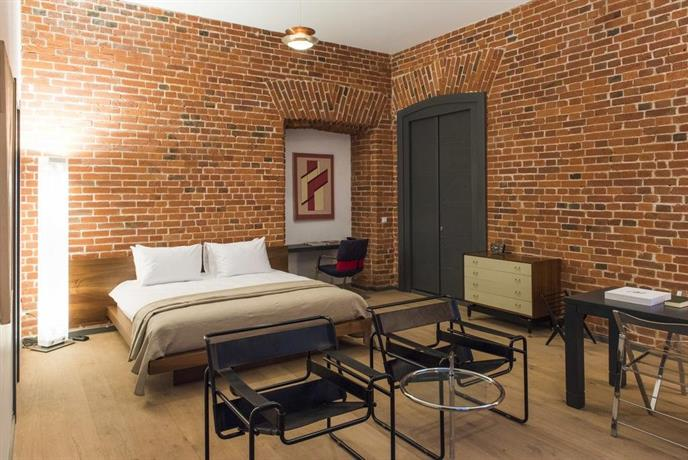 Brick design hotel moscow compare deals for Design hotel moscow