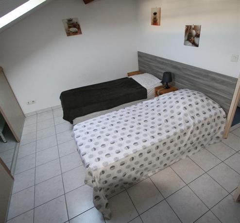 findhotel appartements la seyne sur mer. Black Bedroom Furniture Sets. Home Design Ideas