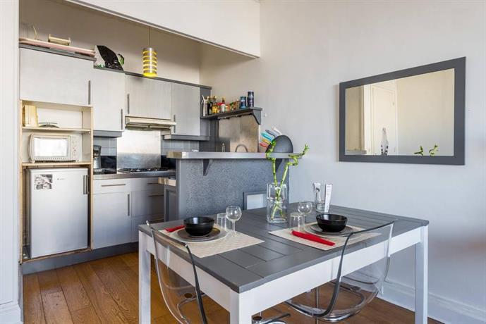 t2 part dieu parking lyon comparer les offres. Black Bedroom Furniture Sets. Home Design Ideas