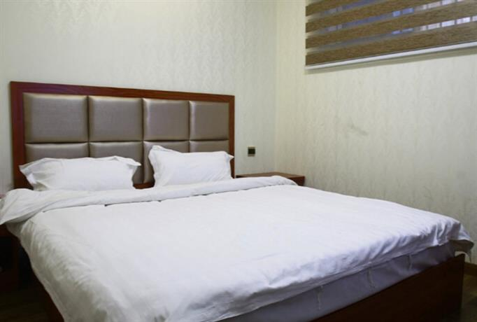 Zhuzhou Jinjin Jiayue Hotel