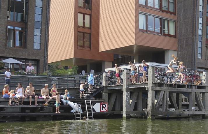 Houseboat westerdok amsterdam confronta le offerte for Houseboat amsterdam prezzi