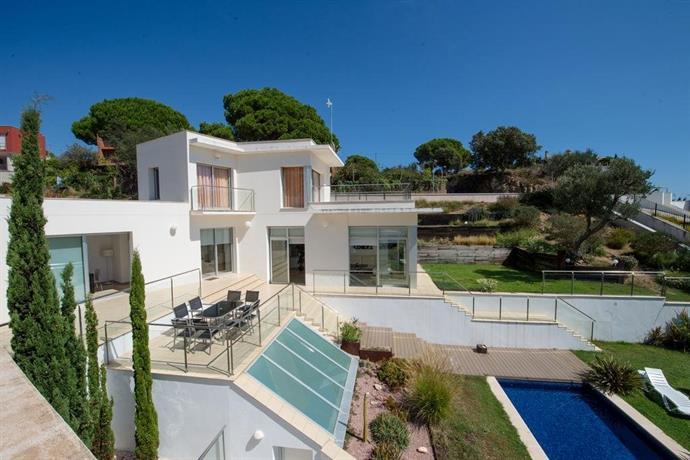 extravagance villa lloret del mar comparar ofertas. Black Bedroom Furniture Sets. Home Design Ideas