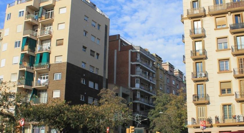 Argentona sdb barcellona confronta le offerte for Offerte hotel barcellona