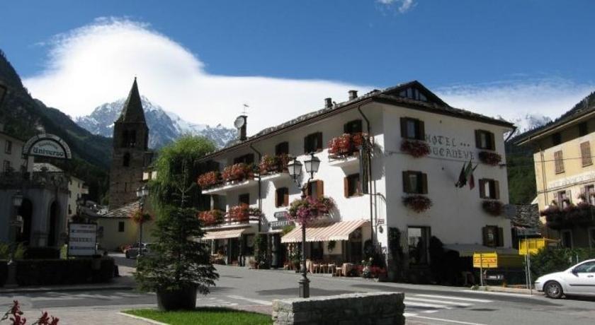 Hotel Bucaneve Pre-Saint-Didier