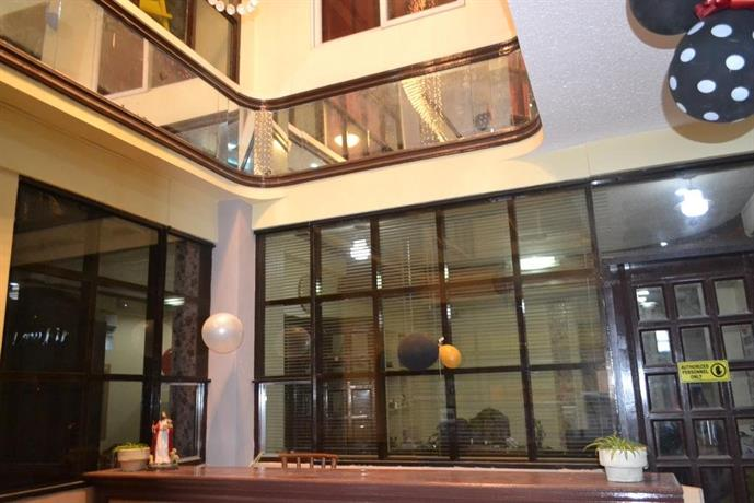 Berlay Backpackers and Tourists Inn