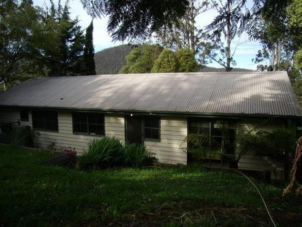 Warburton Holiday House