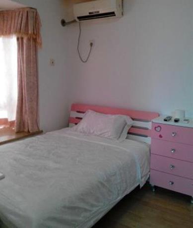 Shuanglong Tianhong Apartment
