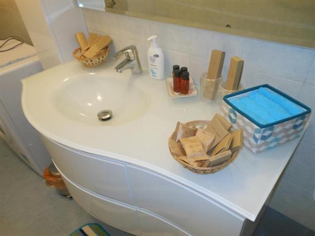 San damaso vatican apartment rome compare deals - Hotel damaso roma ...