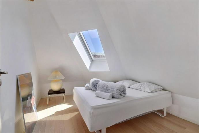 Westend Penthouse Apartment