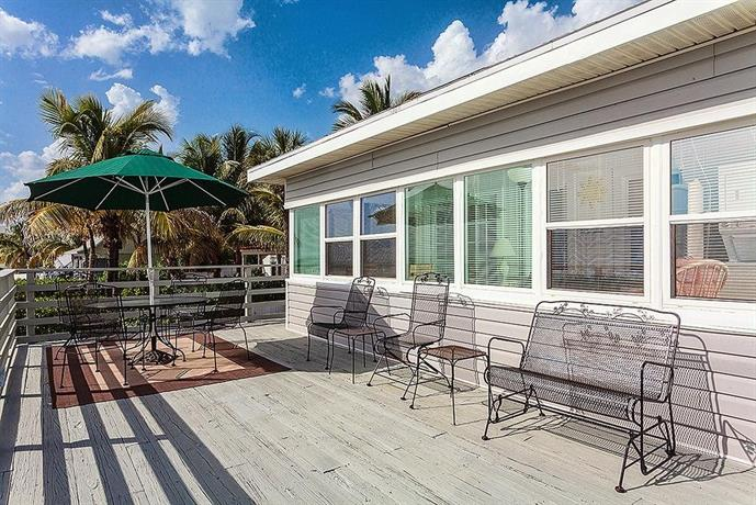 Sandy Toes Cottage By Vacation Rental Pros Fort Myers