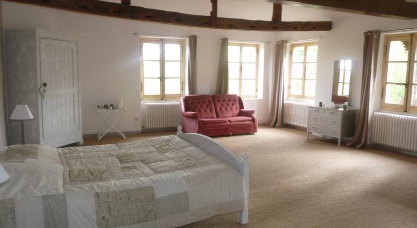 Chambre d 39 hotes chateau le ruble beaumont de lomagne for Chambre d hote chateau thierry
