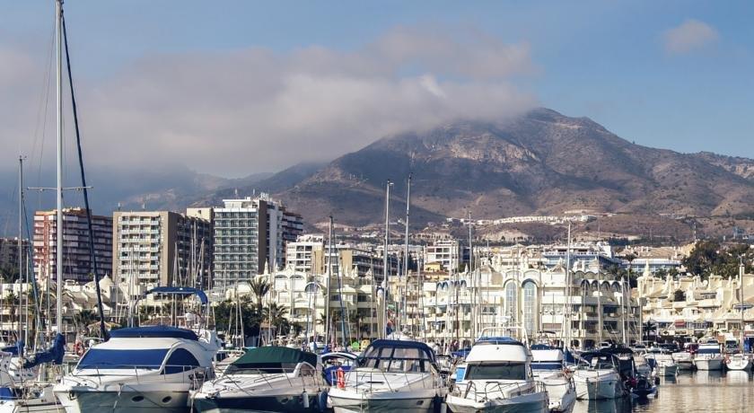 apartamento puerto marina benalmadena compare deals