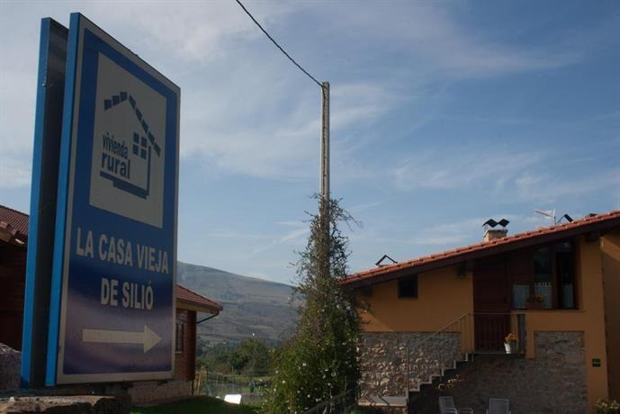 Apartamentos rurales la casa vieja de silio molledo confronta le offerte - Casa rural casavieja ...