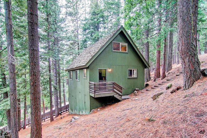 Yosemite's Hawk's Nest - 3BR/2BA Home