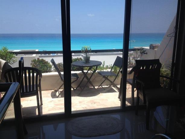 Apartamento villas marlin cancun compare deals for Villas marlin cancun