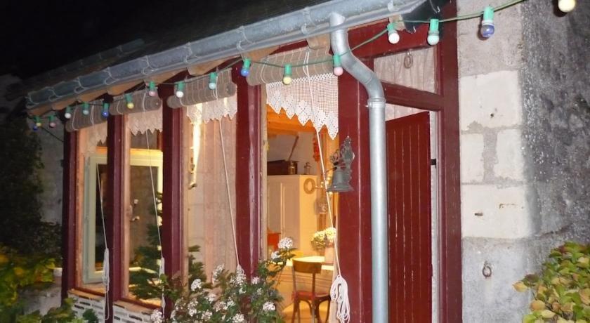 Chambres d 39 hotes les bournais crouzilles confronta le - Chambre d hotes azay le rideau ...