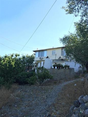 Ada Village House