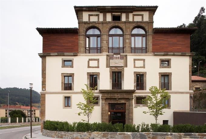 Palacio Figaredo Hotel Mieres