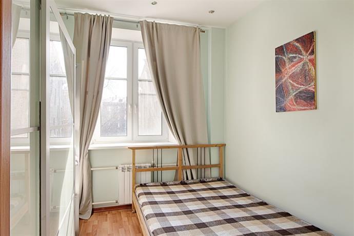 Apartment Kosmonavtov 6