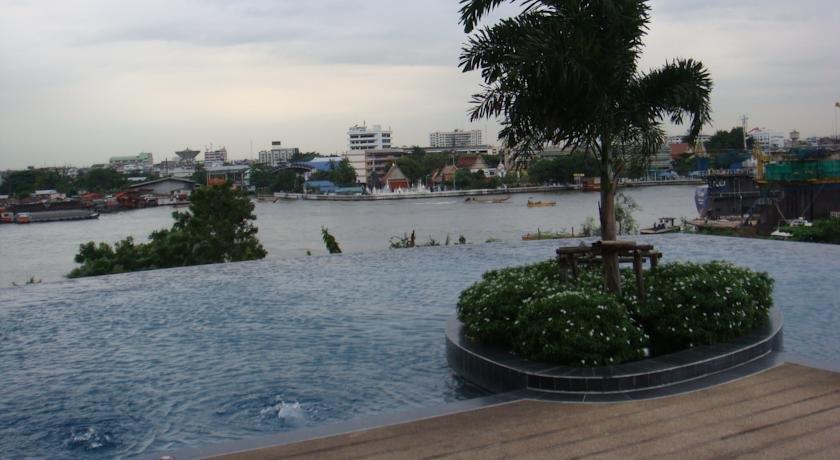 Supalai Casa Riva Bangkok