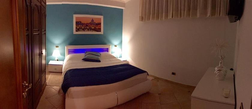 La mia casa welcome you rome compare deals for Crea la mia casa