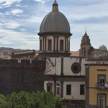 Hotel Via Cesare Rosaroll Napoli