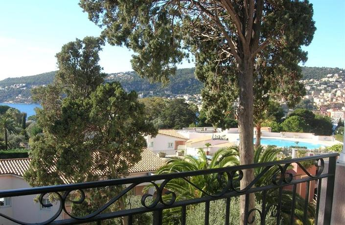 Appartement vue mer piscine villefranche sur mer for Piscine villefranche