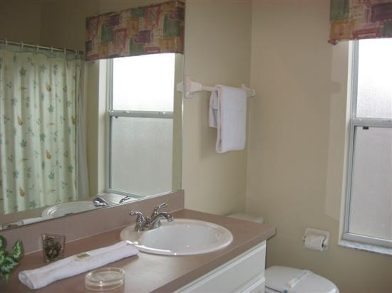 Two Bedroom Apartment Kissimmee Orlando Compare Deals