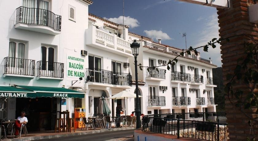 Apartamentos Balcon de Maro