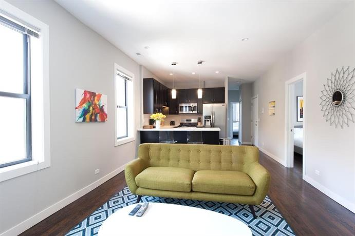 Three-Bedroom on N Damen Avenue Apt 2E