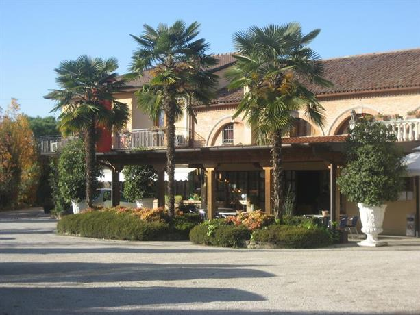 Hotel Pizzeria Ristorante Al Leone