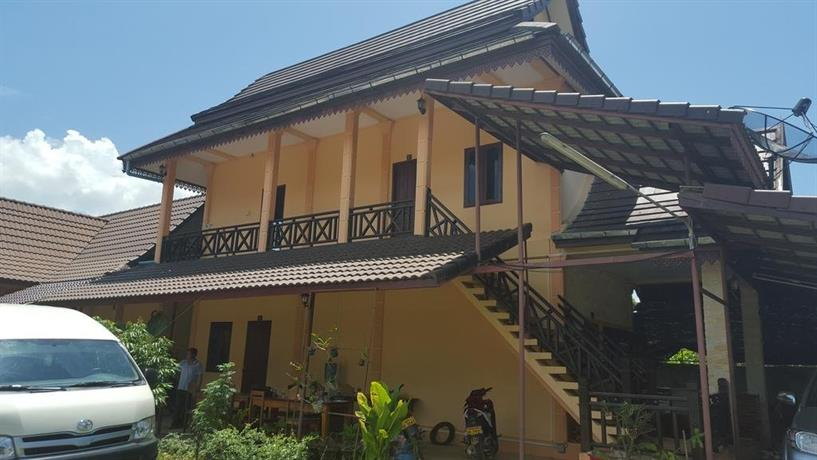 Salikanya guesthouse vang vieng compare deals for Domon guesthouse vang vieng
