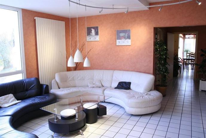 hotel les 3 marchands. Black Bedroom Furniture Sets. Home Design Ideas