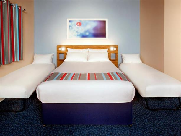 About Travelodge Wimbledon Morden Hotel London