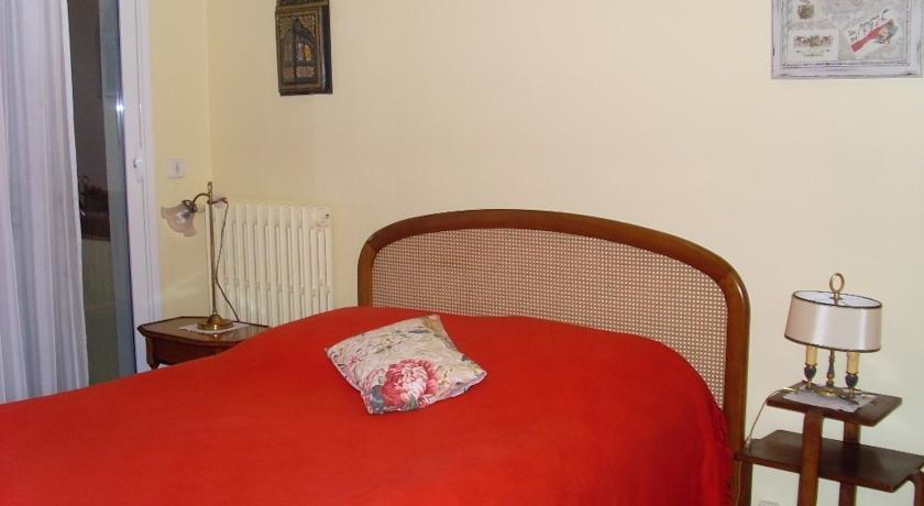 chambre d 39 hotes la citadine lorient comparer les offres. Black Bedroom Furniture Sets. Home Design Ideas