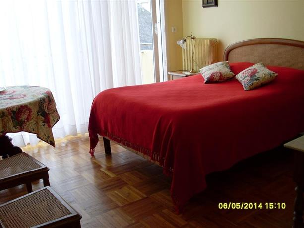 chambre d 39 hotes la citadine lorient compare deals. Black Bedroom Furniture Sets. Home Design Ideas